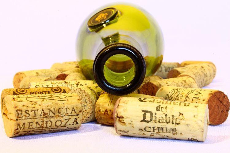 background-bottle-bottle-stoppers-36015